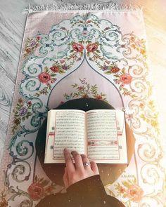 Quran Wallpaper, Islamic Quotes Wallpaper, Islamic Love Quotes, Muslim Quotes, Islamic Images, Islamic Pictures, Allah Islam, Islam Quran, Islam Muslim