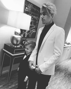 jeremybieber: The most handsomest boys#proud daddy