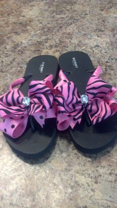 5bf092912 double bow pink zebra flip flop by blingbowflipflops on Etsy