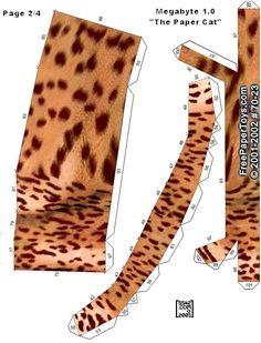 Megabyte Free Paper Toy Cat  - Pattern B