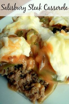 Salisbury Steak Casserole #casserole #holidayrecipes #leftoverrecipes #mashedpotatoes #greenbeansrecipes