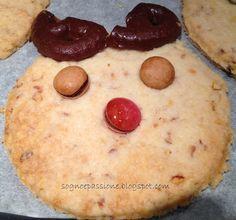 Biscotti gufo o renna senza burro http://sognoepassione.blogspot.it/2014/12/biscotti-gufo-o-renna-senza-burro.html