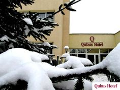 Beautiful snow scenery in the front of Qubus Hotel Wałbrzych