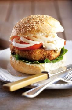 Chicken burger | Sarie #instamburger