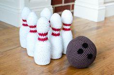 Crochet Bowling Set - Petals to Picots