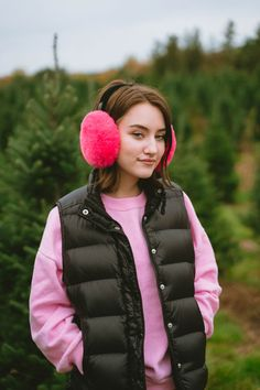 Love these-- so fun and dramatic. I Love Winter, All Grown Up, Jumping For Joy, Earmuffs, Winter Accessories, Capsule Wardrobe, Faux Fur, Autumn Fashion, Winter Jackets