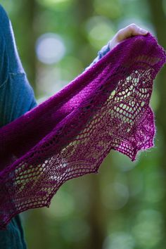 The Crisanta Shawl by Tian Connaughton is knit in Valley Yarns Hatfield and features a delicate, nature-inspired lace edging.