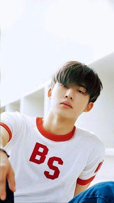 We miss you Hanbinnie 💔💔💔 Kim Hanbin Ikon, Chanwoo Ikon, Mix And Match Ikon, Ikon Leader, Winner Kpop, Ikon Wallpaper, Ikon Debut, Band Pictures, Kdrama Actors
