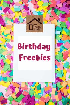 A giant list of birthday freebies for adults and kids Freebies On Your Birthday, Free On Your Birthday, Free Birthday Food, Birthday Rewards, Birthday Coupons, Birthday Club, Birthday Month, Birthday Stuff, Free Samples By Mail