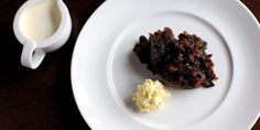 Learn how to whip up a simple brandy butter in our handy guide, as well as take it to the next level with new additions and what to do with the leftovers Treacle Sponge Pudding, Figgy Pudding, Pudding Cake, Christmas Lunch, Christmas Pudding, Xmas, Hard Sauce, Scottish Desserts, Brandy Sauce