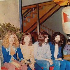 robert plant, john paul jones, john bonham, and jimmy page / japan 1971 Robert Plant Led Zeppelin, Led Zeppelin Iii, Great Bands, Cool Bands, Hard Rock, Almost Famous Quotes, Blues, John Paul Jones, John Bonham