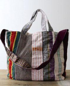 use reclaimed fabrics. Tote Backpack, Tote Bag, Japan Bag, Diy Bags Purses, Boho Bags, Patchwork Bags, Market Bag, Pouch Bag, Cloth Bags