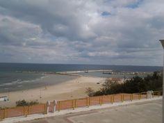 Intrarea pe Plaja Modern din str. Mircea cel Bătrân...