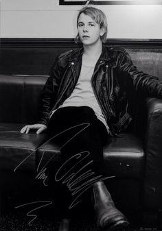 Tom Odell Autograph