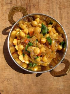Recepty z Indie: Cícer na cibuľke Garam Masala, Chana Masala, Indian Food Recipes, Healthy Recipes, Ethnic Recipes, Good Food, Yummy Food, Fruits And Vegetables, Coconut Milk