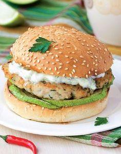 Astăzi, la cină, servim un burger! Dar nu orice fel de burger, ci un burger în stil grecesc! Turkey Burgers, Salmon Burgers, Balancing Work And Family, Low Fat Cheese, Romanian Food, Quick Dinner Recipes, Ground Meat, Orice, Sausage