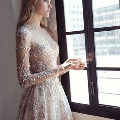 This dress. Swoon is too small a word. It's from the new @leegrebenau collection, which we're sharing on the blog today. It's gorgeous. Like, really really gorgeous! #wedding #inspiration #bride #style #fashion #dress #weddingdress #couture #leepetragre