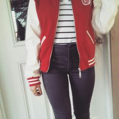 Baby, you're so classic  #ootd #outfit #personalstyle #dollhouselucy #fbloggers #fashion #highwaisted #stripes #sportsjacket #sporty #classic
