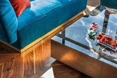 American Walnut Chevron flooring Living Room Hardwood Floors, Chevron Floor, American Walnut, Parquet Flooring, Floor Design, Entryway Tables, Projects, Furniture, Park