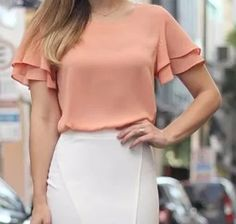 Dragan Pulse V-Neck Bell-Sleeve Chiffon Blouse USD Pulse Blouses & Shirts. Buy women Blouse is now available in the color Red. Blouse Styles, Blouse Designs, Blouse And Skirt, Work Tops, Business Outfits, Cute Tops, Casual Looks, Blouses For Women, Casual Outfits