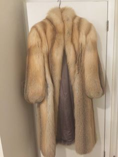 Fabulous Fox, Winter Fur Coats, Fox Fur Coat, Red Fox, Mink Fur, Womens Fashion, Jackets, F1, Collection