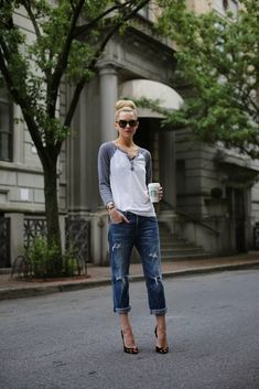 Pinterest Boyfriend Jeans Outfit | I love the casual easy look with sassy heels :)