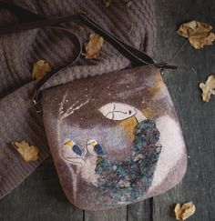 Felted messenger bag L Guardian of  white birds by Feltsongs. As per usual my expensive tastes have outstripped my pocket!