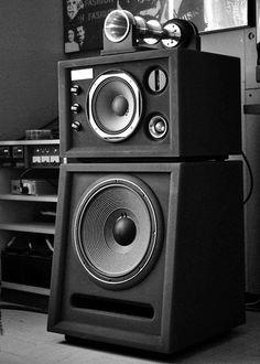 Home Stereo Speakers, Audiophile Speakers, Horn Speakers, Diy Speakers, Hifi Audio, Hi Fi System, Audio System, Speaker Box Design, Recording Studio Design