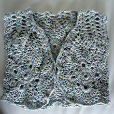 gilet d'été bébé sans manches crocheté en coton chiné : Mode Bébé par les-layettes-de-mamounette