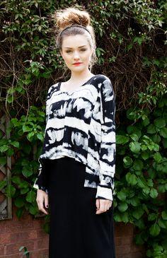 Laura  LOVE Black And White Tie Dye Print Top