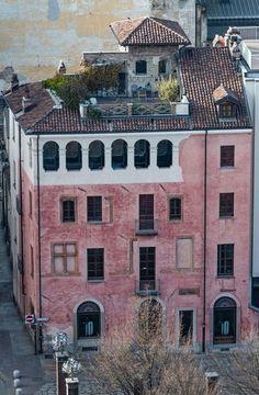 Turin, Italy, Mansions, House Styles, Places, Home Decor, Houses, Fotografia, Italia