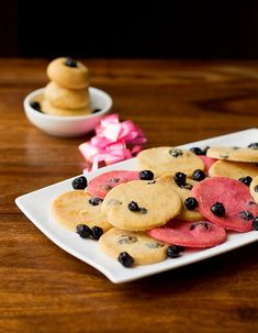 Eggless Blueberry Cookies – they could be addictive and they are very easy to make also an egg free recipe Egg Free Recipes, Cookie Recipes, Blueberry Cookies, Sifted Flour, Vanilla Essence, Free Food, Biscuits, Deserts, Powdered Sugar