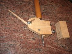 Shop-made sharpening jig for spindle and bowl gouges - by ChuckM @ LumberJocks.com