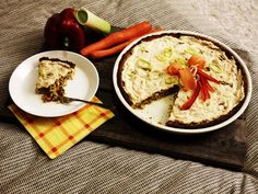 Antipastaa: Maukas porkkanapohjainen kasvispiirakka (gluteeniton, viljaton, maidoton, vhh, paleo)