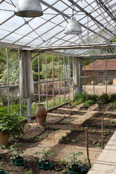 Sarah Raven's Perch Hill Farm