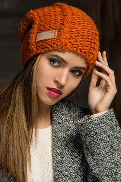 Like шапка - купить оптом с доставкой по Москве и России. Примеры фото и разнообразие цветов!
