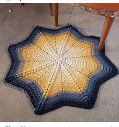 Blanket, Crochet, Crochet Crop Top, Rug, Blankets, Chrochet, Knitting, Haken, Quilts