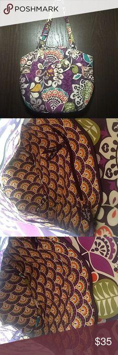 Vera Bradley Glenna Shoulder Bag Vera Bradley Glenna Shoulder Bag. LOOKS BRAND NEW!!! BARELY USED!!! Vera Bradley Bags Shoulder Bags