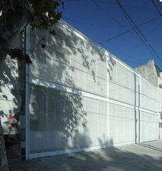 La construcción de una escuela primaria en Avellaneda, provincia de Buenos Aires, realizada durante los ajustados tiempos del receso escolar de verano, per