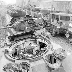 This is exactly what the Sherman tank was good at in its heyday. World War II saw the rise of the use of airplanes, more advanced Military Photos, Military History, Military Memes, M18 Hellcat, Tank Armor, Ww2 Pictures, Sherman Tank, Tank Destroyer, Ww2 Tanks