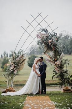 Modern Australian Barn Wedding - Aisle Society