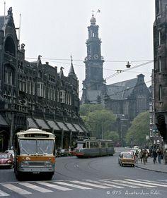 1975 | Raadhuisstraat met Westerkerk.