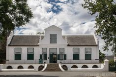 If you love history, old buildings, museums and national parks, you'll want to know about these things to do in Graaff-Reinet in the Karoo. Old Buildings, Museums, Things To Do, National Parks, Paintings, Mansions, House Styles, Home Decor, Things To Make