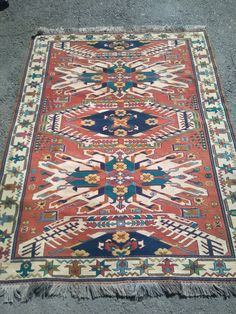 This is Turkish Anatolian vintage kilim rug. Made with naturel wool. There is medallion dragon pattern used. There is terrocotta, beige colours used. Size is X Area rug. Dragon Pattern, Decorative Pillow Cases, Wool Carpet, Traditional Rugs, Turkish Kilim Rugs, Rug Making, Handmade Rugs, Vintage Rugs, Wool Rug