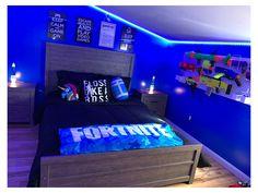 Gamer Bedroom, Bedroom Setup, Boys Bedroom Decor, Teen Bedroom, Boys Bedroom Paint, Bedroom Themes, Bedroom Wall, Cool Bedrooms For Boys, Big Boy Bedrooms