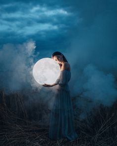 Interview: Fantastical Vignettes Capture Magical Moments in a Dreamlike World - moon photography Dream Photography, Fantasy Photography, Conceptual Photography, Photography Portfolio, Night Photography, Creative Photography, Photography Basics, Scenic Photography, Portrait Photography