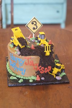 When and have a disaster turn it into a construction site, clever! 3rd Birthday Cakes, Birthday Fun, Dump Truck Cakes, Digger Cake, Cupcake Cakes, Cupcakes, Second Birthday Ideas, Road Construction, Construction Birthday Parties