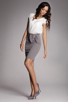 c46b8ee93e6 Kjol för alla tillfälle #kjol #jul #lady #kvinna #mode #fashion