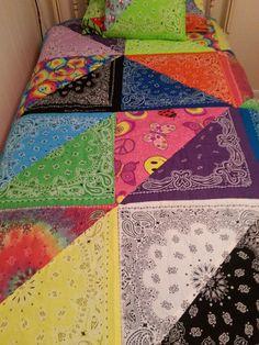 Bandana quilt designed and sewn for my daughter by my amazingly talented friend, Cindy Meserole. Quilting Projects, Quilting Designs, Sewing Projects, Quilting Ideas, Rag Quilt, Quilt Blocks, Quilt Top, Bandana Crafts, Bandana Ideas