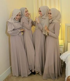 Wedding Abaya, Muslimah Wedding Dress, Hijab Bride, Kebaya Muslim, Muslim Dress, Hijab Gown, Hijab Outfit, Brides And Bridesmaids, Bridesmaid Dresses
